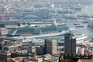 Cruise ship in Naples (8097207647)