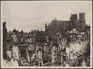 France, Reims and its cathedral, 1916