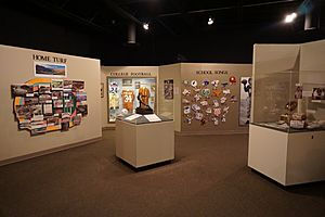 Texas Sports Hall of Fame December 2016 01 (football inductee exhibits)