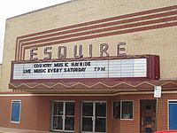 Esquire Theater, Carthage, TX IMG 2948
