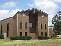 Highland Church of Christ, Texarkana, AR IMG 6357