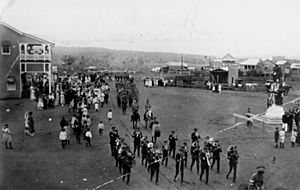 StateLibQld 1 103826 Unveiling the Murgon War Memorial on Anzac Day, 1920