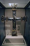 WLA metmuseum Processional Cross late 11thC Spanish Silver 2