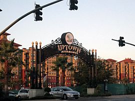Uptownentrance