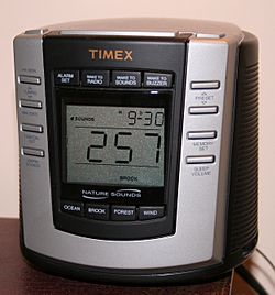 Digital-clock-radio-premium