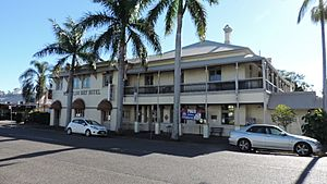 Waterloo Bay Hotel, 2014 01.JPG