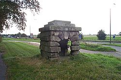 Robin Hood's Well - geograph.org.uk - 237619.jpg