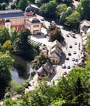 Matlock Bath from Heights of Abraham - geograph.org.uk - 1680171
