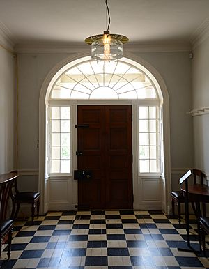 (1)Old Government House 003