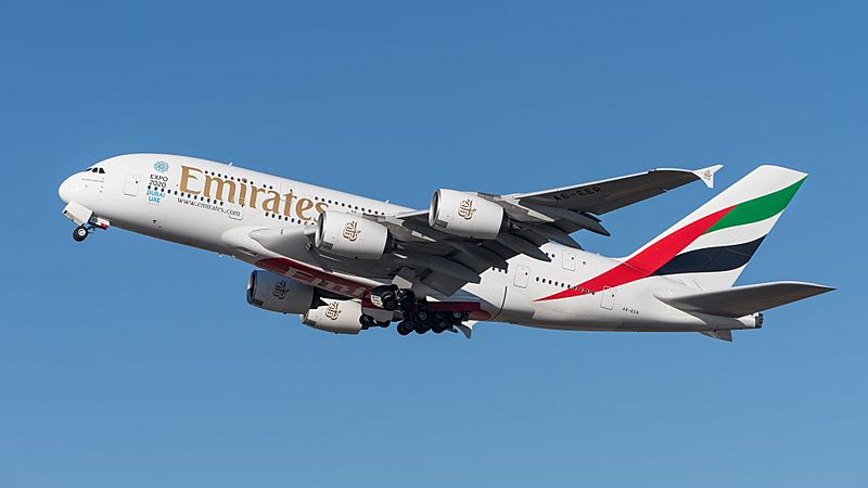 Emirates Airbus A380-861 A6-EER MUC 2015 04