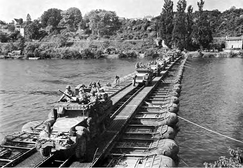 3rd Armored Division vehicles cross the Seine River