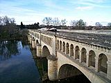 Beziers pont canal