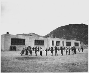 Taos County, New Mexico. School at Questa, one of the largest in County, contains seven rooms. - NARA - 521835