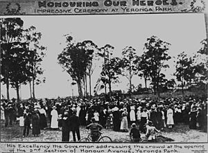StateLibQld 1 114728 Honouring our heroes at Yeronga Park, 1918
