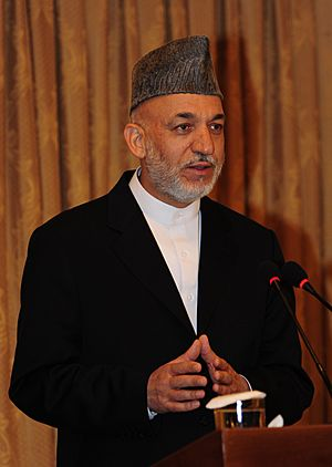 Hamid Karzai in August 2009 cropped.jpg