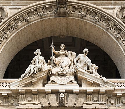 Pediment courthouse, Rome, Italy