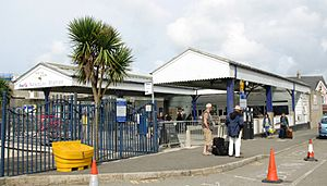 2009 at Newquay railway station - the concourse canopy