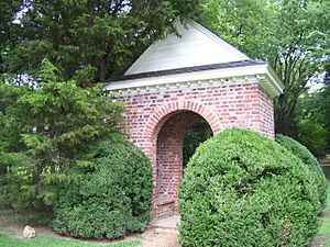 Berkeley Plantation, Shrine marking 1st Thanksgiving in America