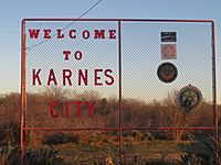 Welcome sign at Karnes City