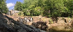 Middle Brook, Washington Valley Park, NJ - Buttermilk Falls panorama.jpg