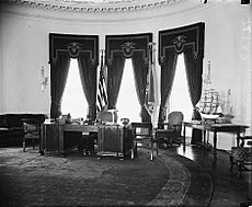 FDR Oval Office in 1934 LOC37952v cropped