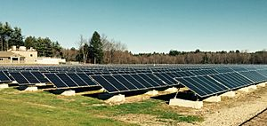 NH-largest-solar-array-Peterborough