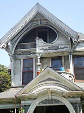 Peak on Frederick Mitchell Mooers House (Los Angeles)