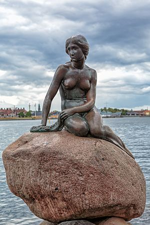 Copenhagen - the little mermaid statue - 2013