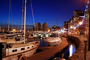Neptune Marina, Ipswich at night