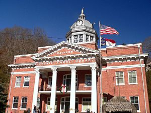 Court House, Madison County, NC