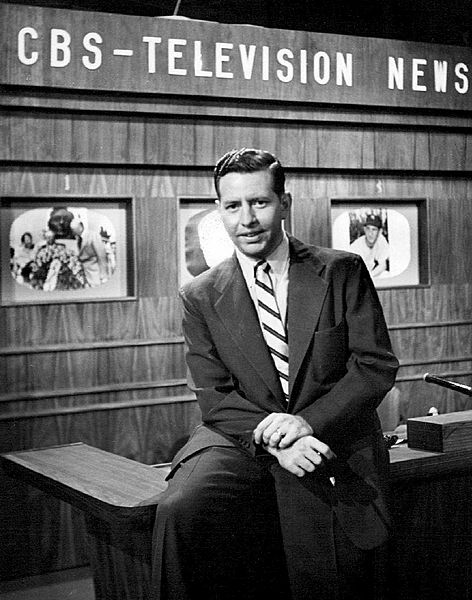 Douglas Edwards With the News CBS 1952