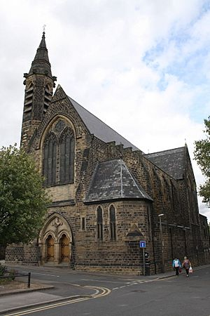 Holy Rood Church, Barnsley by Roger Templeman Geograph 2560968.jpg