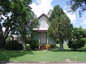 St John's Church, Rockhampton.jpg