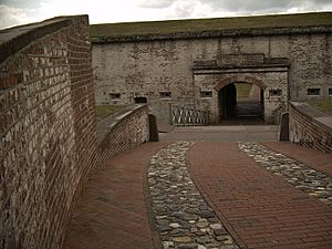 Fort-macon-nc-entry