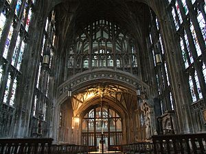 Gloucester cathedral interior 013