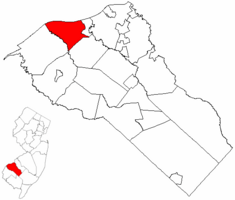 Greenwich Township highlighted in Gloucester County. Inset map: Gloucester County highlighted in the State of New Jersey.