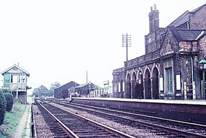Chatteris railway station (1960s) 03