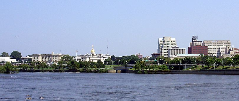 2009-08-26 View of downtown Trenton in New Jersey and the mouth of the Assunpink Creek from across the Delaware River in Morrisville, Pennsylvania