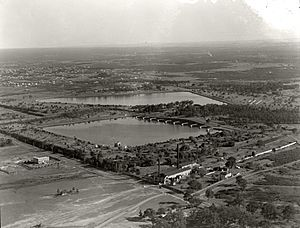 Potts Hill Reservoir - 2 Aug 1937 (29869455400).jpg