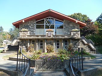 Temple Beth Israel, Killingly CT.jpg