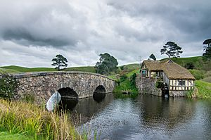 Hobbiton mill and double-arched bridge