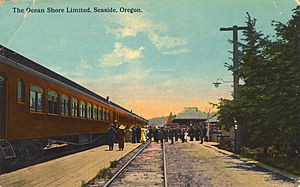 Ocean Shore Limited railroad at Seaside, Oregon (3229235015)