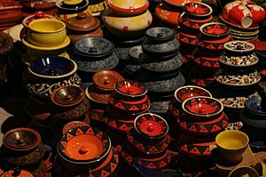 Traditional pottery in Dilli Haat