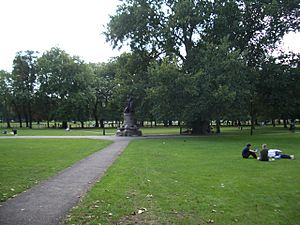 Clapham Common by pavement with memorial 2005