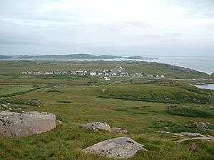 Fionnphort from quarry.JPG