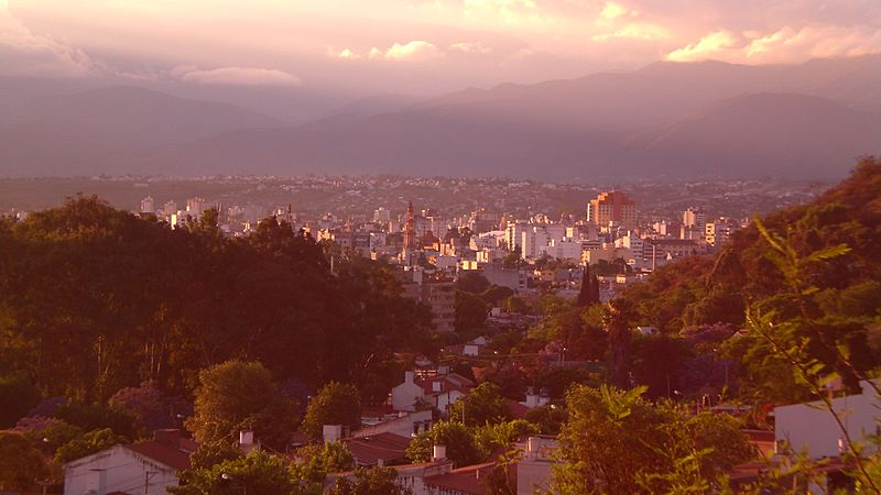 Sunny evening in Salta