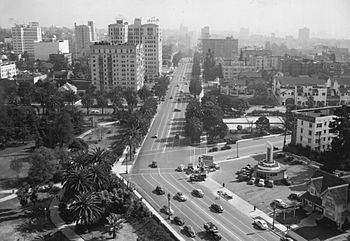Near Wilshire Boulevard and Commonwealth Avenue in 1945
