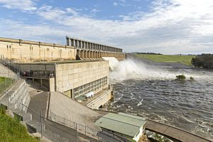 Eight gates open at Hume Dam