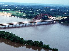 Jefferson Barracks Bridge 1993 flood cropped