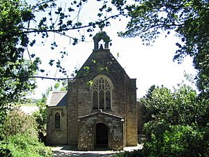 Chapel of Ease, Tregaminion - geograph.org.uk - 187238.jpg